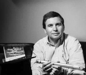 Author Karl Robb